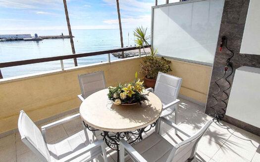 Magnífico Apartamento en Primera Línea de Playa